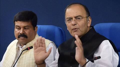Cong turns on black money heat; Jaitley puts up govt's defence, says 427 foreign bank account holders identified