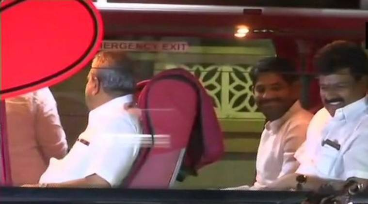 Karnataka: 4 lawmakers skip key Congress party meet, Siddaramaiah to send notice to absentees