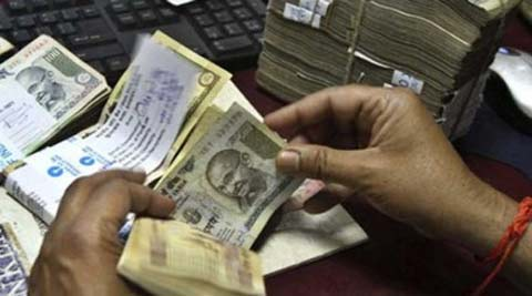IT officer, bribe, officer held for bribe, bribery case, national news, nation news, india news