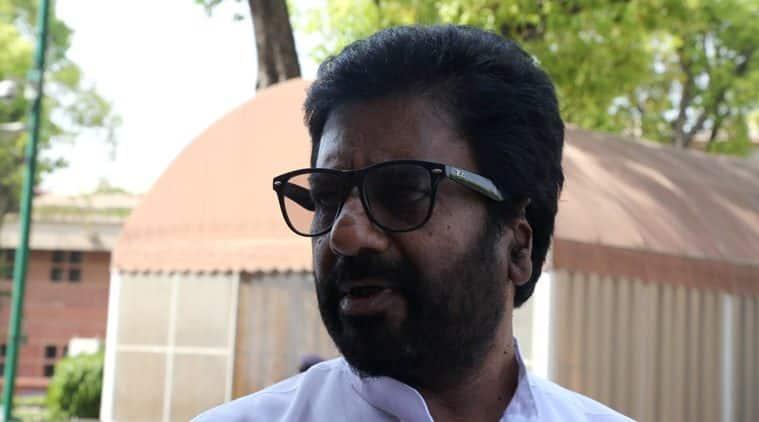 Ravindra Gaekwad, Shiv Sena, Shiv Sena MP Air India, Shiv Sena Air India, Shiv Sena minister Air India, Ravindra Gaekwad row