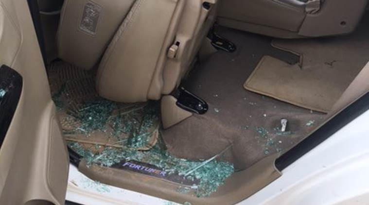 rahul gandhi car attacked, congress gujarat, rahul car attack gujarat, stones thrown on rahul gandhi car, indian express