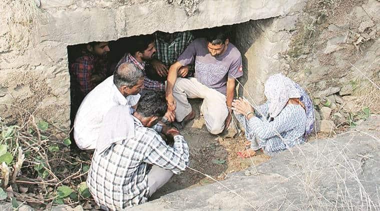 ceasefire violation, rajouri ceasefire violation, nowshera, jammu kashmir, pakistan ceasefire violation, loc firing, india pakistan, india news
