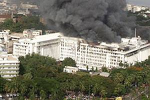 Fire breaks out at 4th floor of Mantralaya in Mumbai