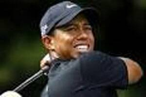 To his rivals,Tiger Woods looks like Tiger again