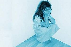 15-yr-old says stepfather raped her for 5 yrs,manheld