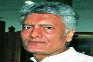 Mock session ends,Congress renames SAD Saala Behnoi Patniparty