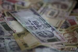 At Rs 1,38,841 crore,FII inflows highest ever inFY'13