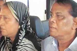 Orissa ex-minister,Raghunath Mohanty,his wife held in dowry torture case