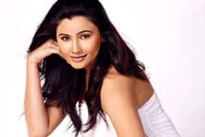 Daisy Shah: From chorus dancer to Salman Khan's leadactress