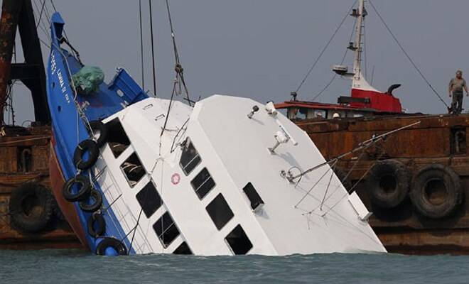 M_Id_378160_Brazil_Boat_collapse