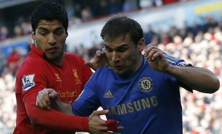 Soccer-Liverpool's Suarez gets 10-game ban forbiting