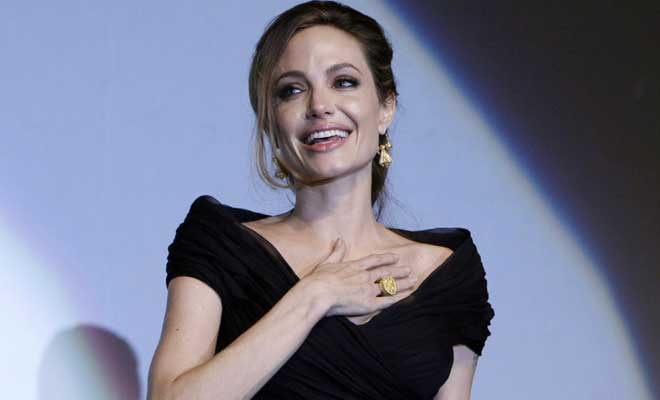 M_Id_385663_Angelina_Jolie_mastectomy
