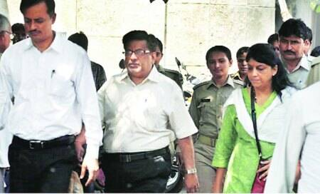 Trial court starts with 188 questions for RajeshTalwar