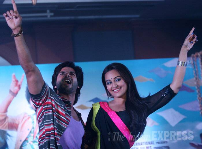 shahid-happy-sonakshi