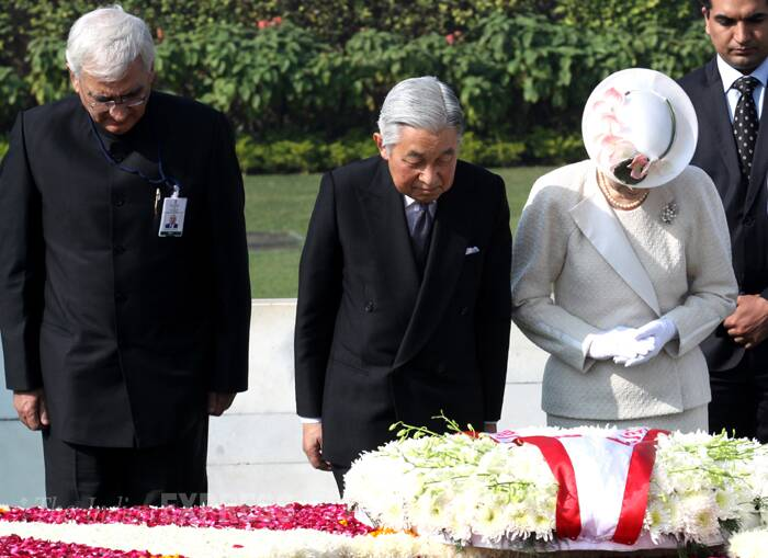 Akihito-michiko-salmankhurshid