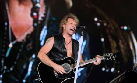 Bon Jovi cuts price of Spanish tickets for cash-strapped fans