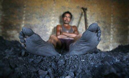 Coal scam: Ministry issues showcause notice to Jindal Steel,Monnet Ispat,NTPC,GVK Power