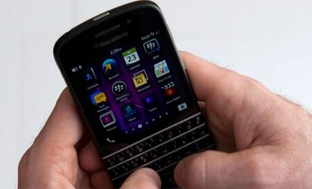 American Express card user to get gift card worth Rs 5,000 on Blackberry Q10 buy