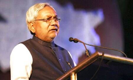 Modi elevation: Nitish consults JD(U) leaders on alliance with BJP