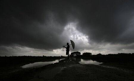 Northern India soaked by rain as south-west monsoon arrives early