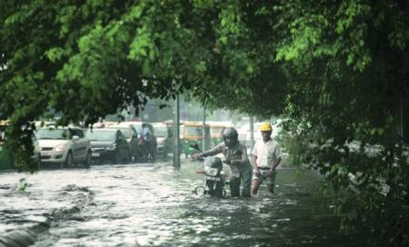 Monsoon arrives 13 days early,record rain over IGIAirport