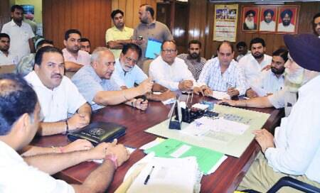No digging of roads till monsoon is over: Mayor to telecomcos