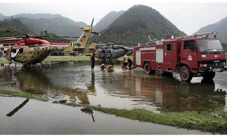 Uttarakhand flood: Rain,another cloudburst hits rescue ops,just 1,000evacuated