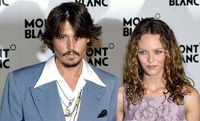 M_Id_398652_Johnny_Depp_and_Vanessa_Paradis