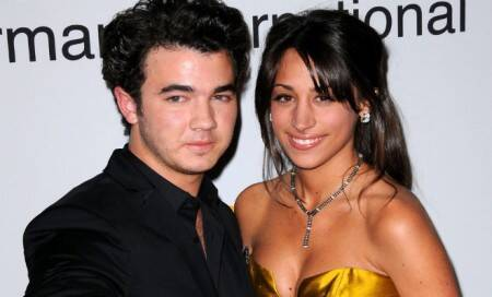 Kevin Jonas' wife Danielle pregnant with their firstchild