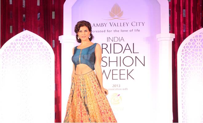 M_Id_400968_India_Bridal_Fashion_Week