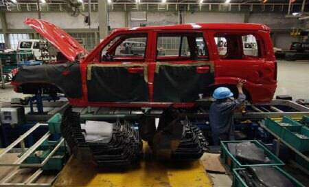 Lack of demand forces Mahindra & Mahindra to call off productiontemporarily