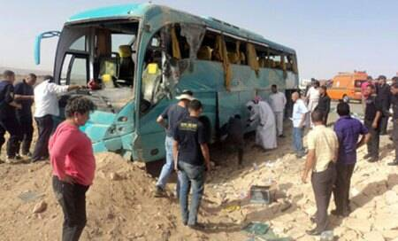 Egypt militants kill three in Sinai bus attack