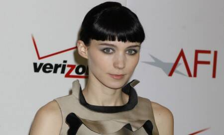 Rooney Mara likes natural look