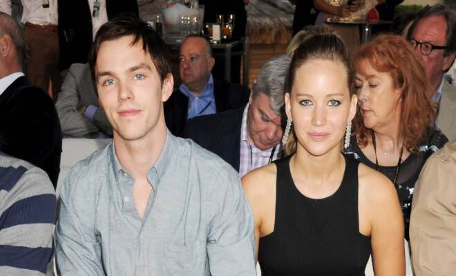 M_Id_403311_Jennifer_Lawrence_and_Nicholas_Hoult