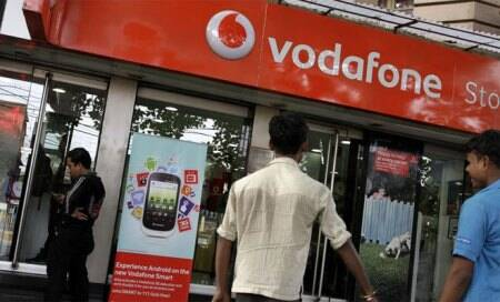 Analjit Singh meets FM,says keen to settle Vodafone tax issue