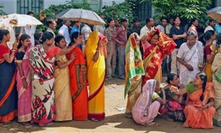 One killed during 3rd phase of panchayat polls,turnout 75%