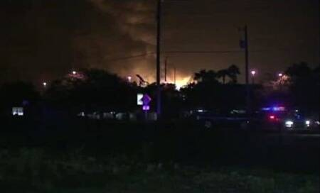 Explosions rock Florida gas plant; workers missing