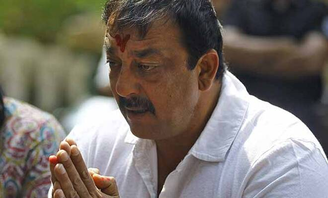 B-town sent letters to Sanjay Dutt on his 54th birthday ...