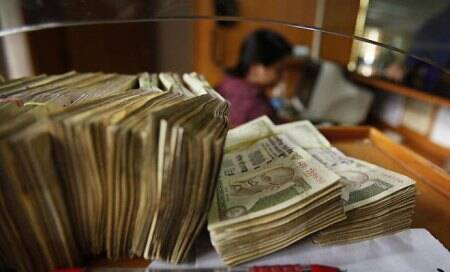 'No ratings impact seen on most cos if Indian rupee falls to 65 vs US dollar'