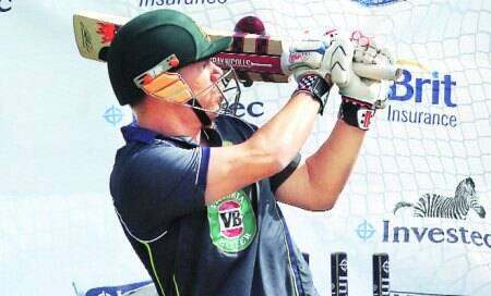 Ashes 2013: Bat tampering claims hitDRS