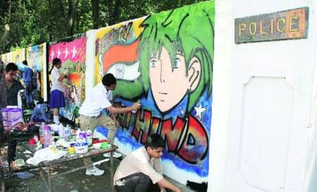 Painting Police Lines red: Schoolkids make walls deliver socialmessages