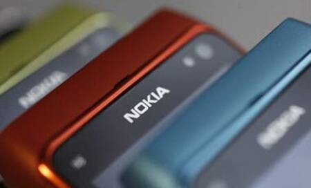 All hopes are not lost on Nokia as store clocks 2 billion downloads