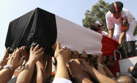 Egypt: Death toll reaches 638 as supporters of Mohamed Morsi try to regroup