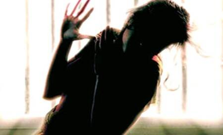 18 years after 'sex scandal',Kerala woman has to appear in 22 rape cases