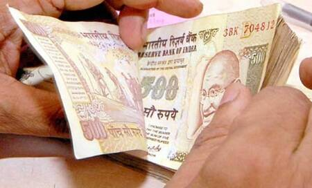 As Indian rupee falls below 68,government says no need forpanic