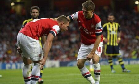 Arsenal's Lukas Podolski out for up to 10 weeks,confirms ArseneWenger