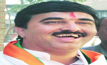 Dy Mayor Mankar resigns,stakes claim to party ticket for Lok Sabhaseat