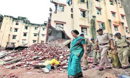 Vadodara twin-building collapse: Probe panel chief visits crash site