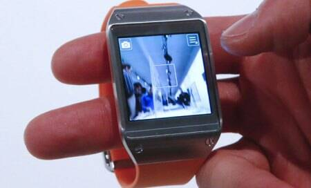 Fitbit, Pebble leaders in wearable bands race; Sony pipsSamsung