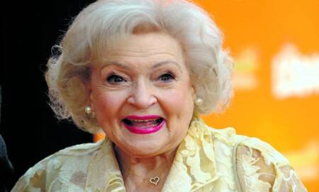 Betty White gets into Guinness world records